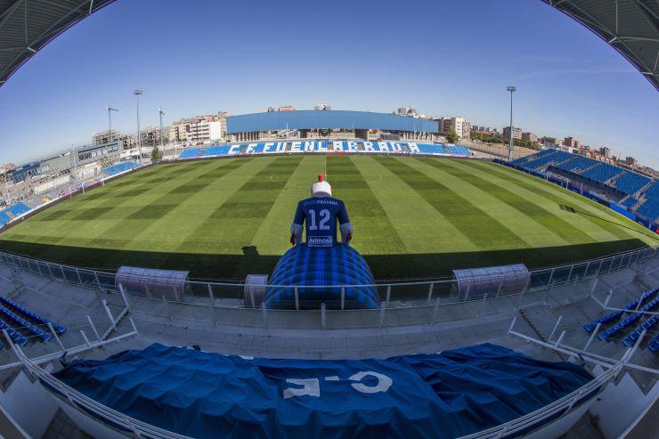 [J18] C.F. Fuenlabrada - Cádiz C.F. - Domingo 01/12/2019 12:00 h. #FuenlabradaCádiz Estadi35