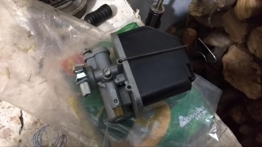(FINALIZADO) -- Inicio restauración Mobylette Campera Img_2034