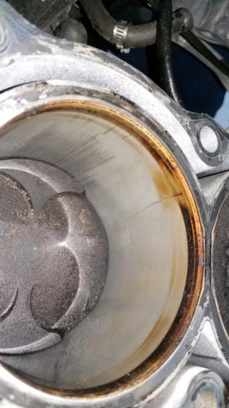 Ανακατασκευή κινητήρα 954 μετά από ράγισμα κυλίνδρων. 20190114