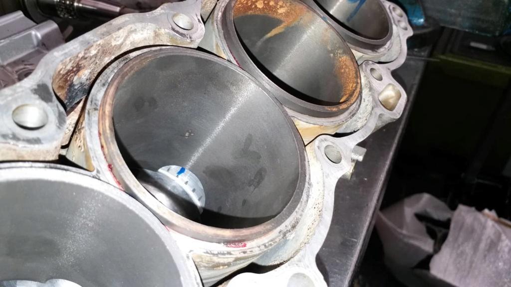 Ανακατασκευή κινητήρα 954 μετά από ράγισμα κυλίνδρων. 60692410