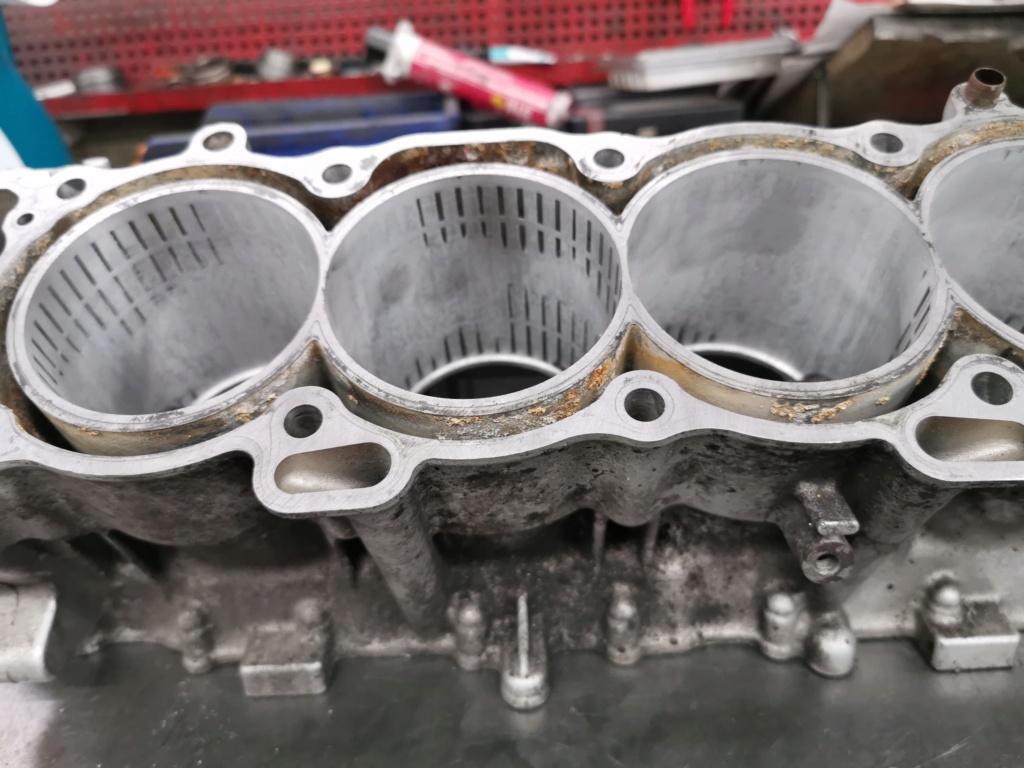 Ανακατασκευή κινητήρα 954 μετά από ράγισμα κυλίνδρων. 60907410