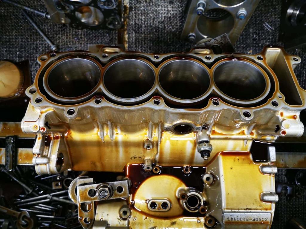 Ανακατασκευή κινητήρα 954 μετά από ράγισμα κυλίνδρων. Receiv12