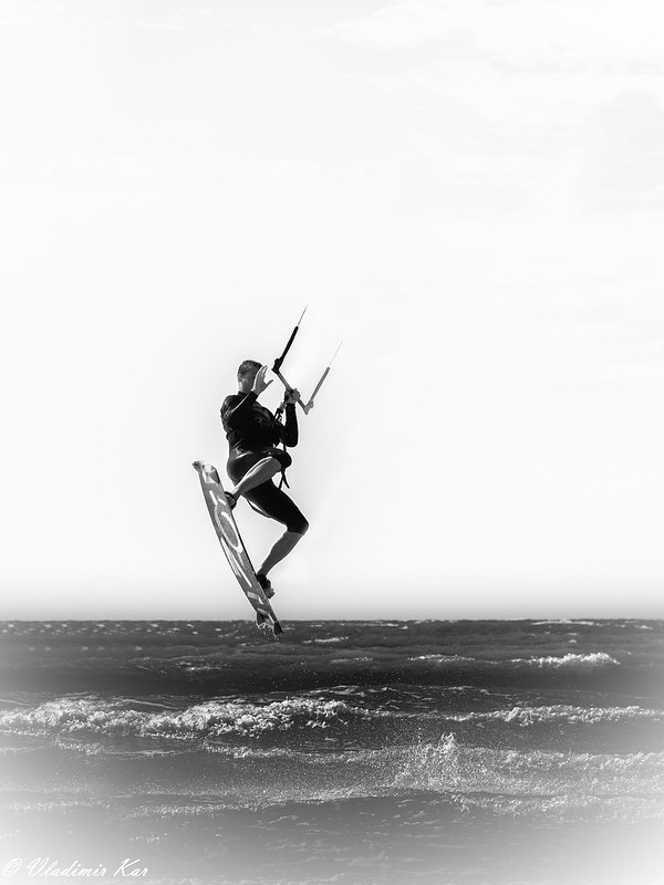 Kite surfing ! 50158710