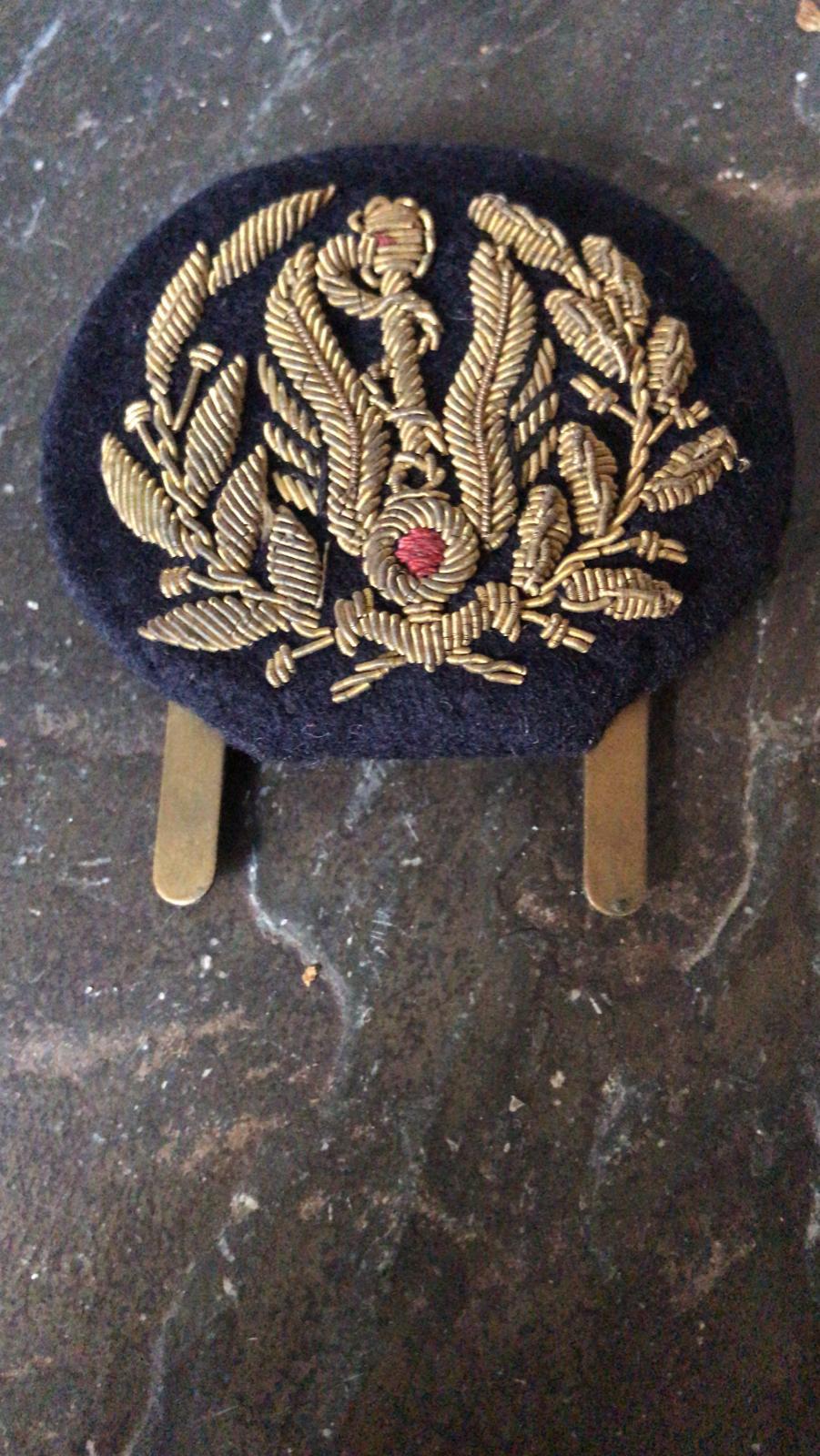Insigne de casquette a identifier  Img-2027