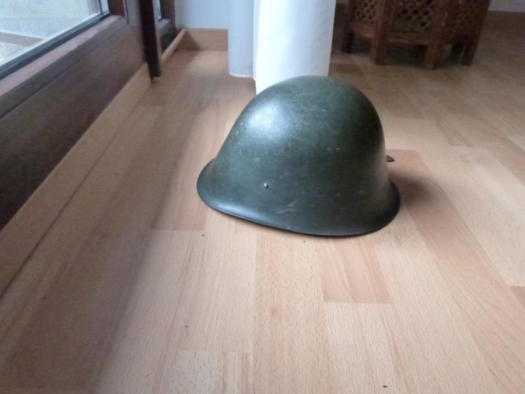 Un casque local de chez moi - Bucarest P1070247