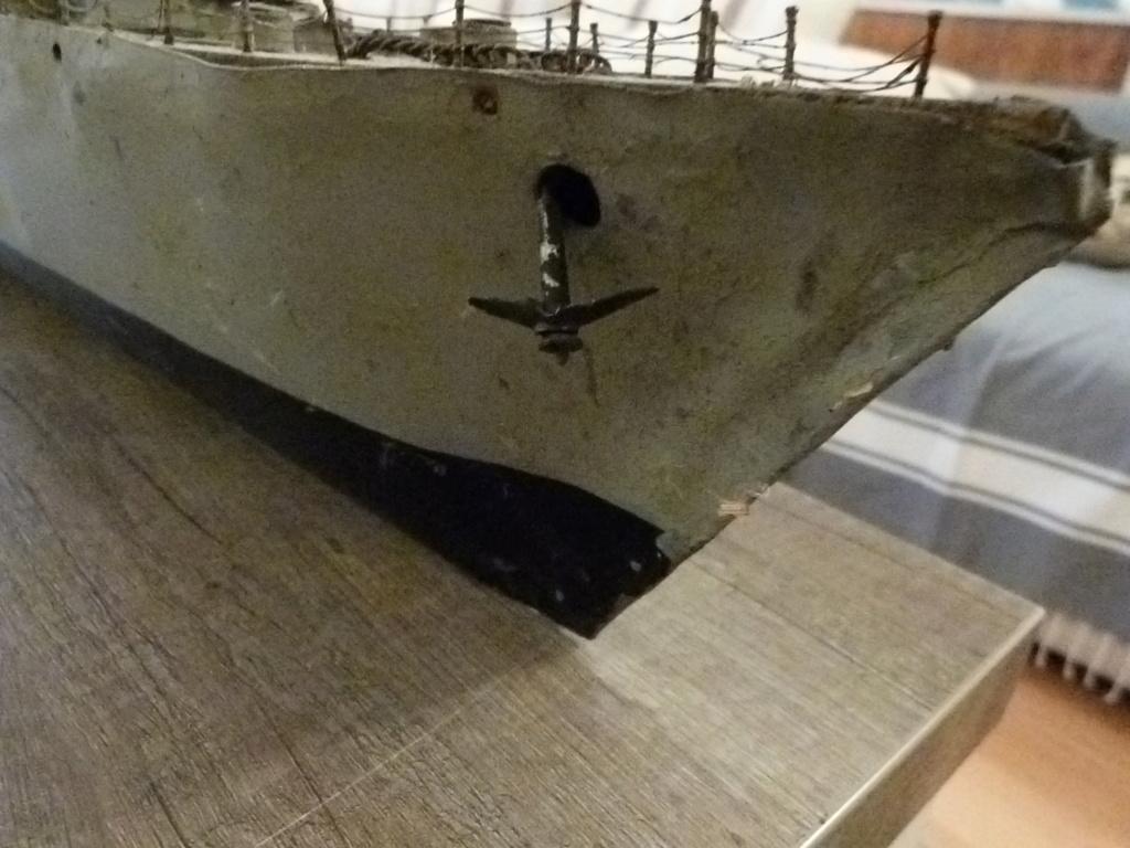 Une maquette marine artisanale d'1m et medaille argent Paquepot MS Pilsudski P1070429