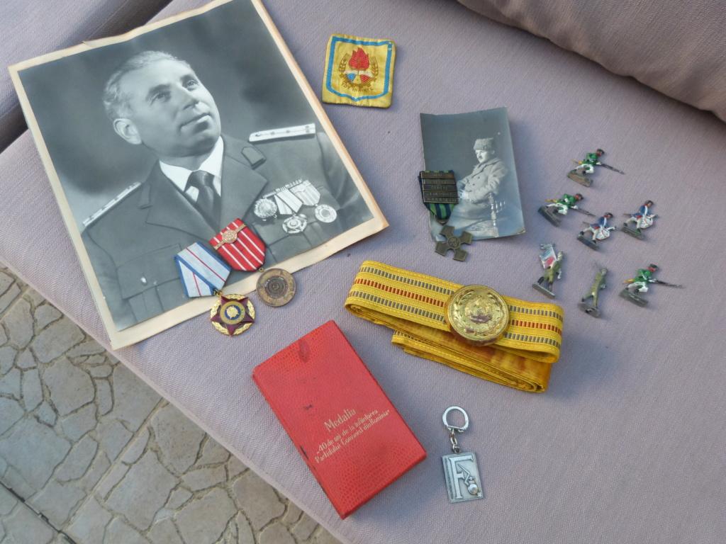 Chine a Bucarest : croix guerre roumaine, belle photo, marine, CP à identifier P1070524