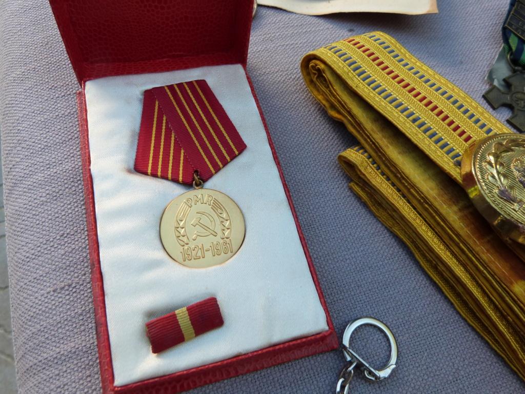 Chine a Bucarest : croix guerre roumaine, belle photo, marine, CP à identifier P1070525