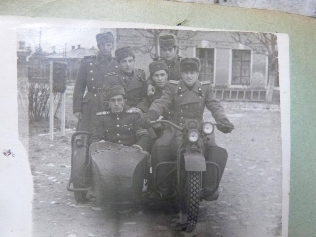 Dernieres trouvailles à Bucarest : aviation, troupe, telephonie P1070966