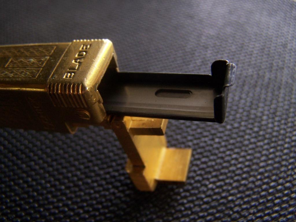Schick injector type C (repeating razor) 100_9210