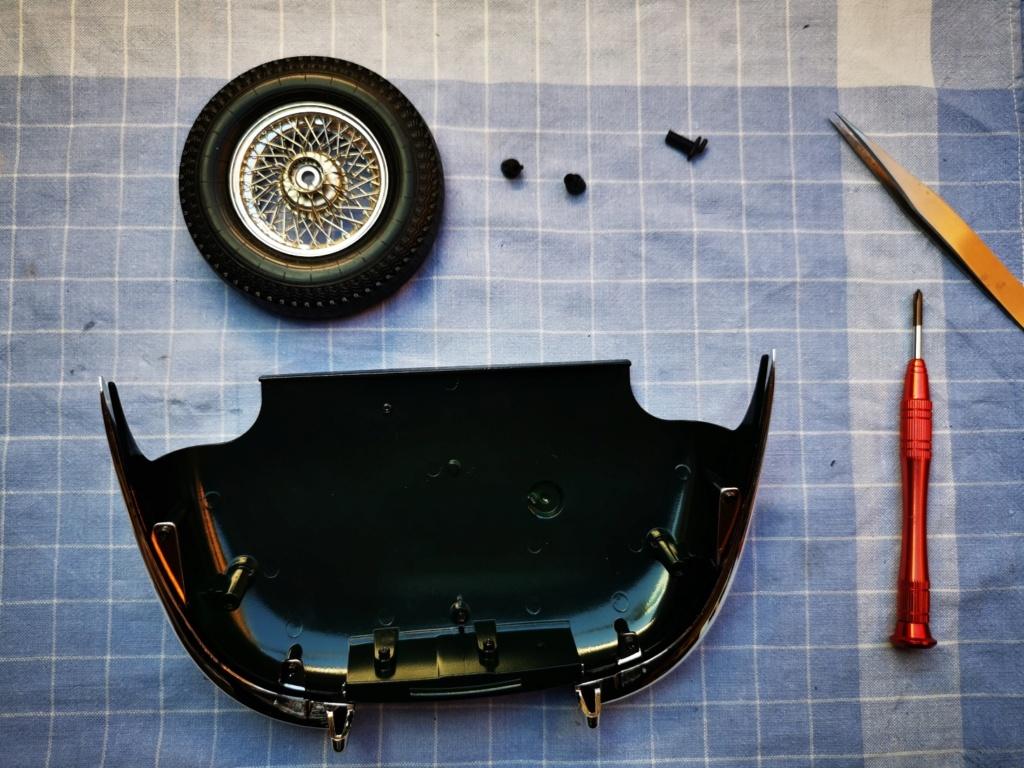 Der Jaguar E-Type von DeAgostini in 1:8 - Seite 7 Jaguar76