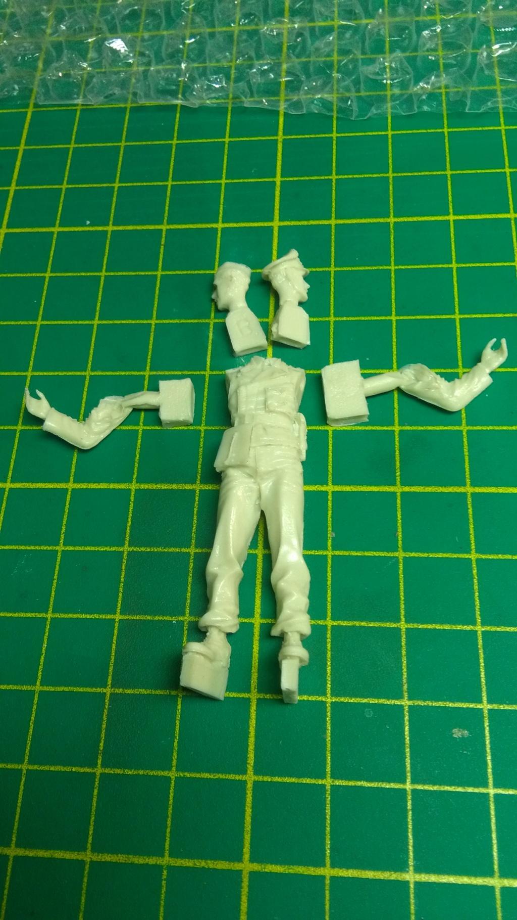TUTO _ Peindre une figurine à l'acrylique _ 1/35  - Page 4 Img_2135