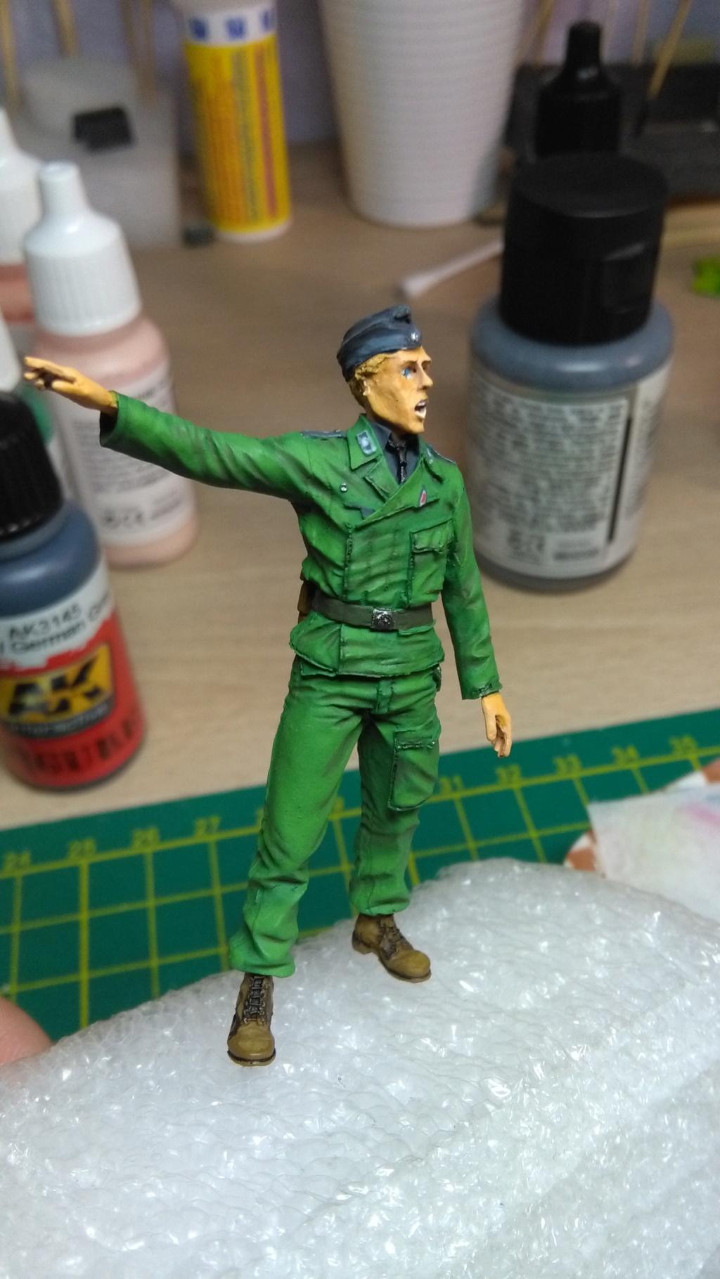 TUTO _ Peindre une figurine à l'acrylique _ 1/35  - Page 7 Img_2242
