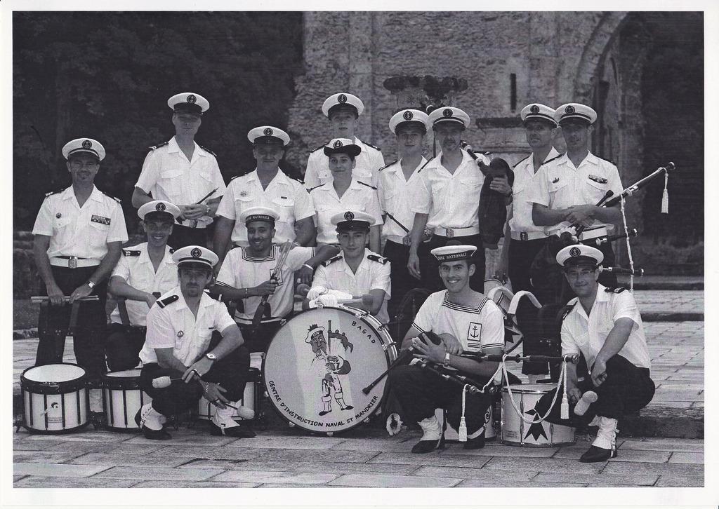 [Musique dans la Marine] Bagad de Saint Mandrier - Page 25 Img_ba14