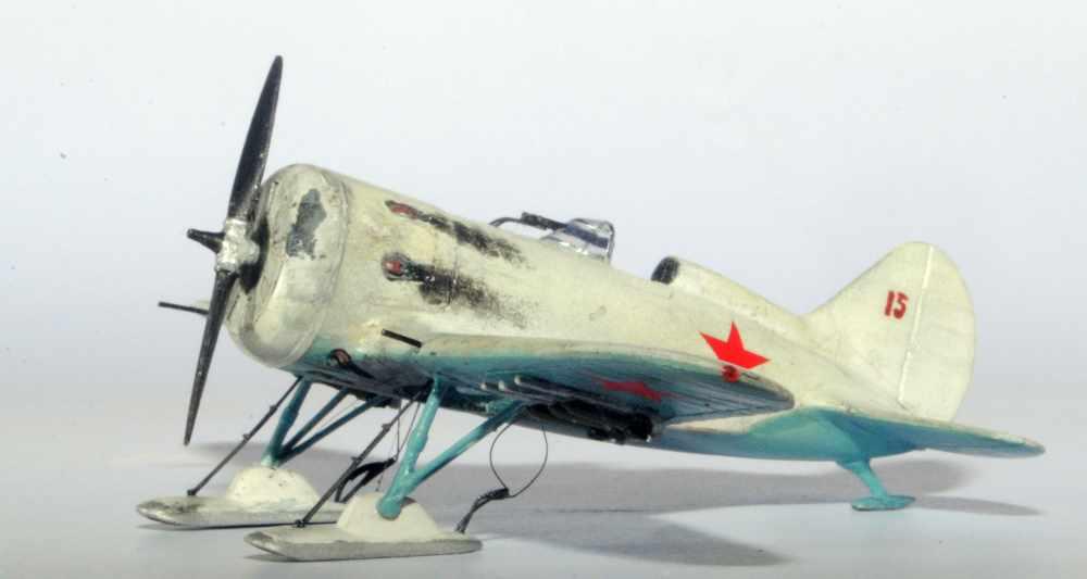 Polikarpov I-16. Du proto au I-185. P&J, Amodel, ICM , ArtModel , Eastern Express MSD 1/72.  - Page 2 01ski10