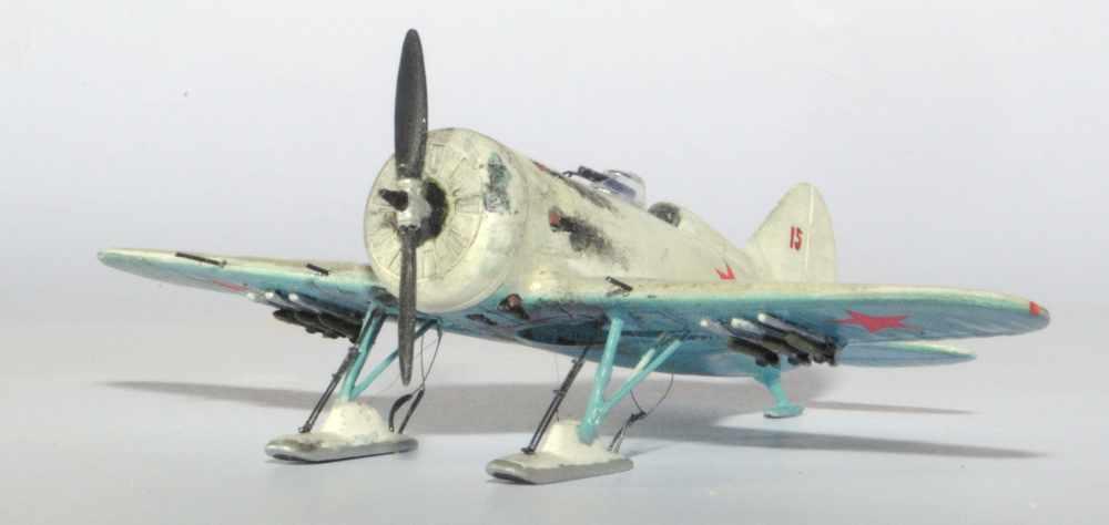 Polikarpov I-16. Du proto au I-185. P&J, Amodel, ICM , ArtModel , Eastern Express MSD 1/72.  - Page 2 02ski10