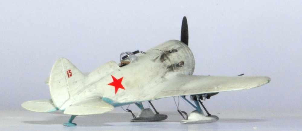 Polikarpov I-16. Du proto au I-185. P&J, Amodel, ICM , ArtModel , Eastern Express MSD 1/72.  - Page 2 04ski10