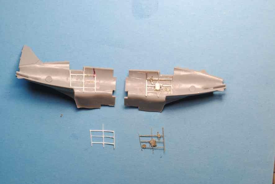 Polikarpov I-16. Du proto au I-185. P&J, Amodel, ICM , ArtModel , Eastern Express MSD 1/72.  - Page 2 08_pe10