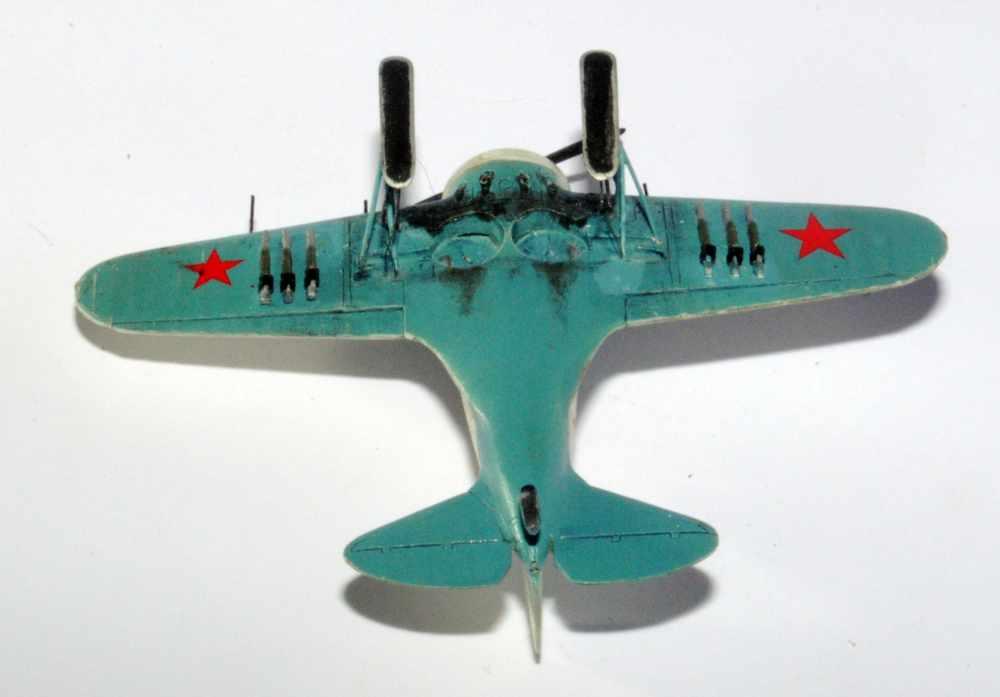 Polikarpov I-16. Du proto au I-185. P&J, Amodel, ICM , ArtModel , Eastern Express MSD 1/72.  - Page 2 08ski10