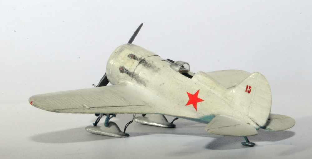 Polikarpov I-16. Du proto au I-185. P&J, Amodel, ICM , ArtModel , Eastern Express MSD 1/72.  - Page 2 Argski10