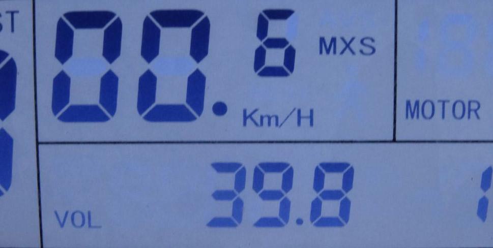 Remolque solar y motorizado. 0210