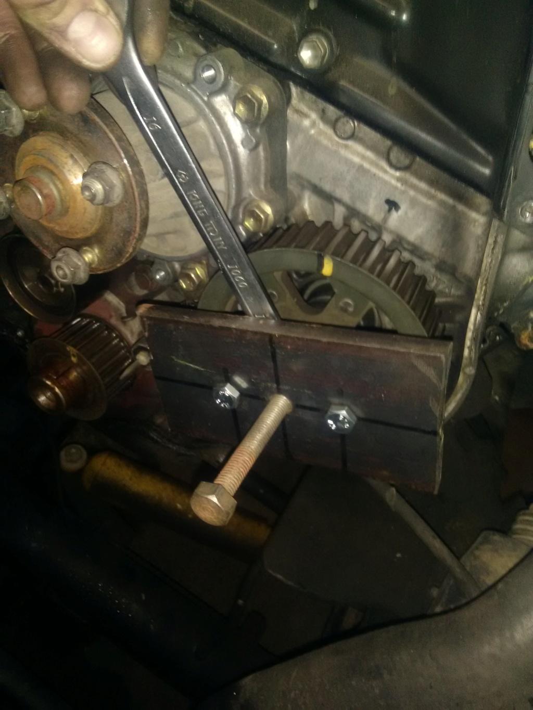 Probleme moteur qui s'emballe à haut regime LJ 70 Ph2 Img_2027