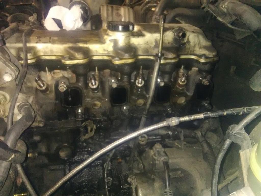 Probleme moteur qui s'emballe à haut regime LJ 70 Ph2 Img_2033
