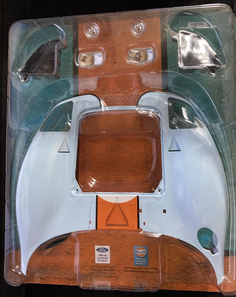 Ford GT / DeAgostini, 1:8 00111