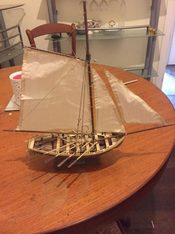 Barque Jolly Boat du Bounty (Artesania Latina 1/25°) de sakcha - Page 2 Img_0310