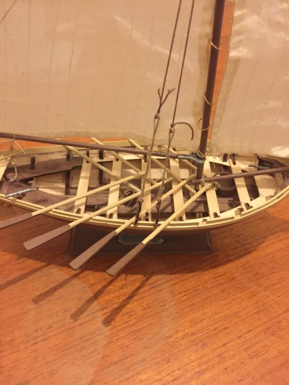 Barque Jolly Boat du Bounty (Artesania Latina 1/25°) de sakcha - Page 2 Img_0311