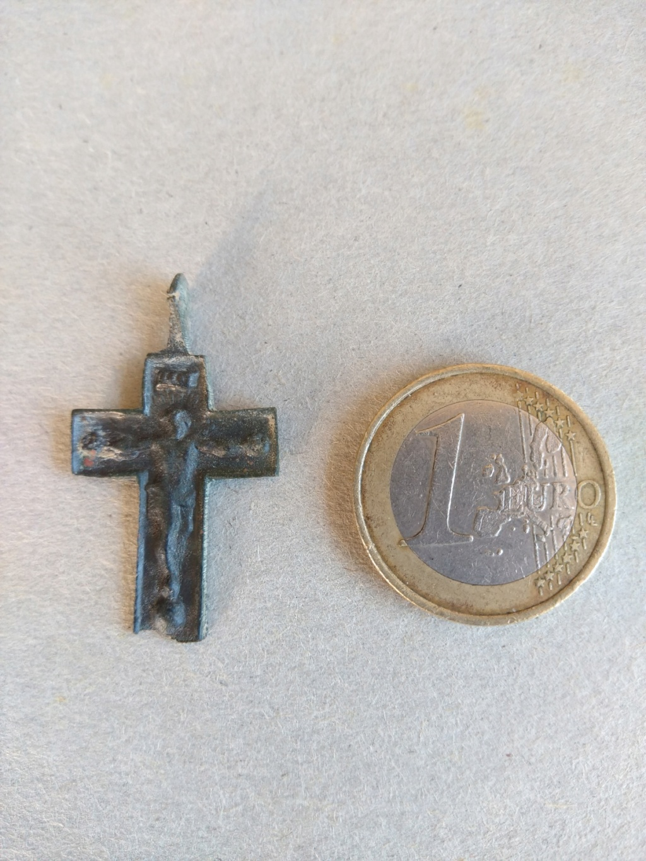 crucifijo a identificar 2vx4l710