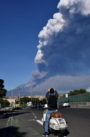 Vesti od svetot - Page 9 Etna-010