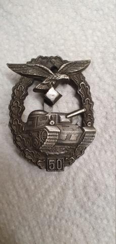 Recherche info médaille panzer de la luftwaffe 15886310