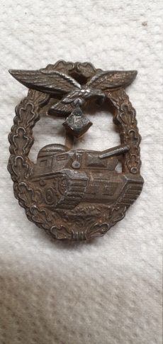Recherche info médaille panzer de la luftwaffe 15886311