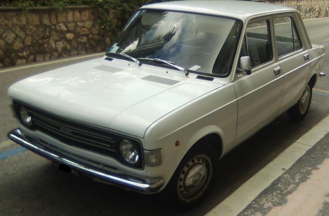 avvistamenti auto storiche - Pagina 23 Fiat_111