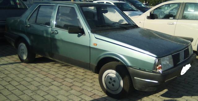 avvistamenti auto storiche - Pagina 23 Fiat_r11