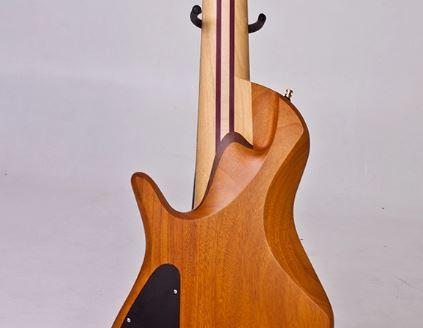 Projeto de baixo na Guidini Guitars (cancelado pela luthieria) Captu125