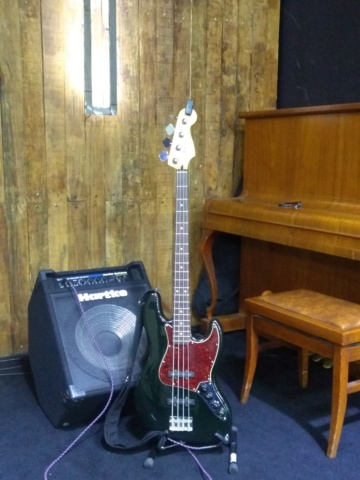 Jazz Bass Clube. - Página 14 Img_2015