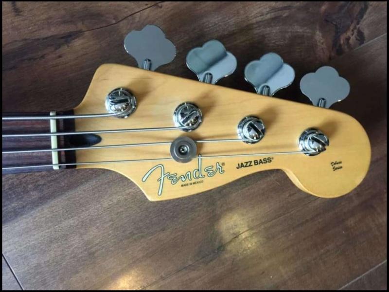 Impressões sobre meu primeiro Fender Whatsa12
