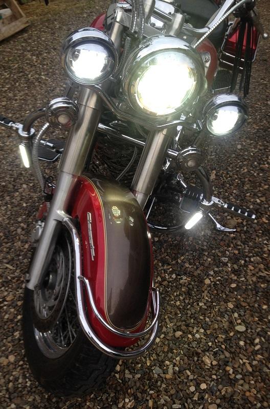 YAMAHA - Feu arrière Led Dragstar Classic/que & Royal Star Bar9710