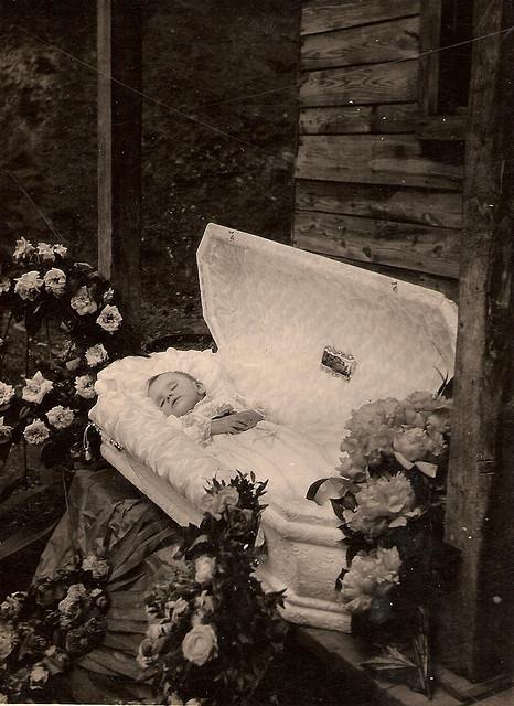 Várias Fotos Post Mortem - Pós Morte Sobren64