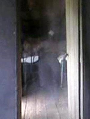 Fantasma no Museu do Cientista Sobren72