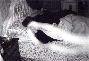 Fantasma na Cama Sobren86