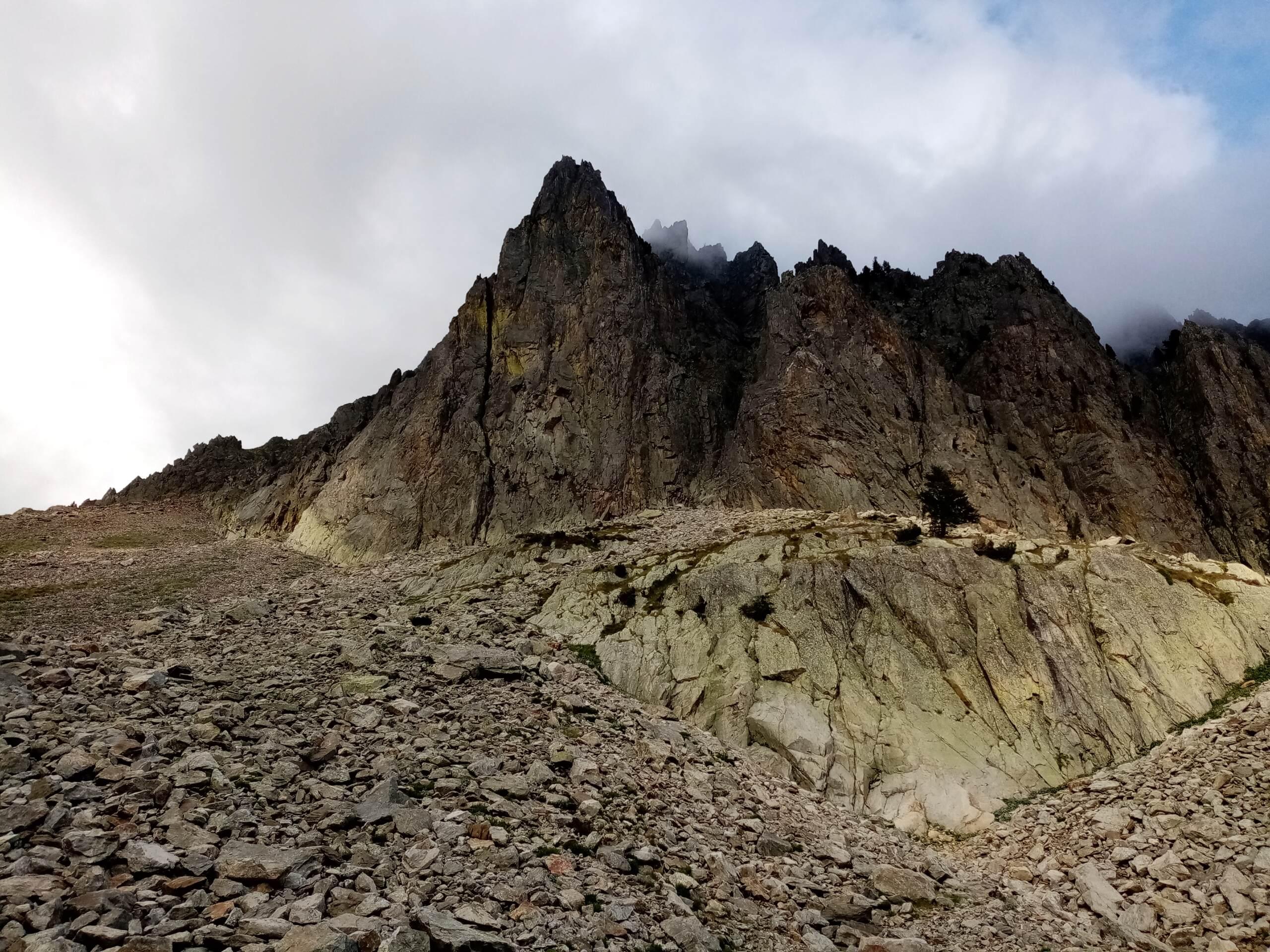 Val Gesso chapitre 1 : Eperon W au Cayre des Erps Img_2015