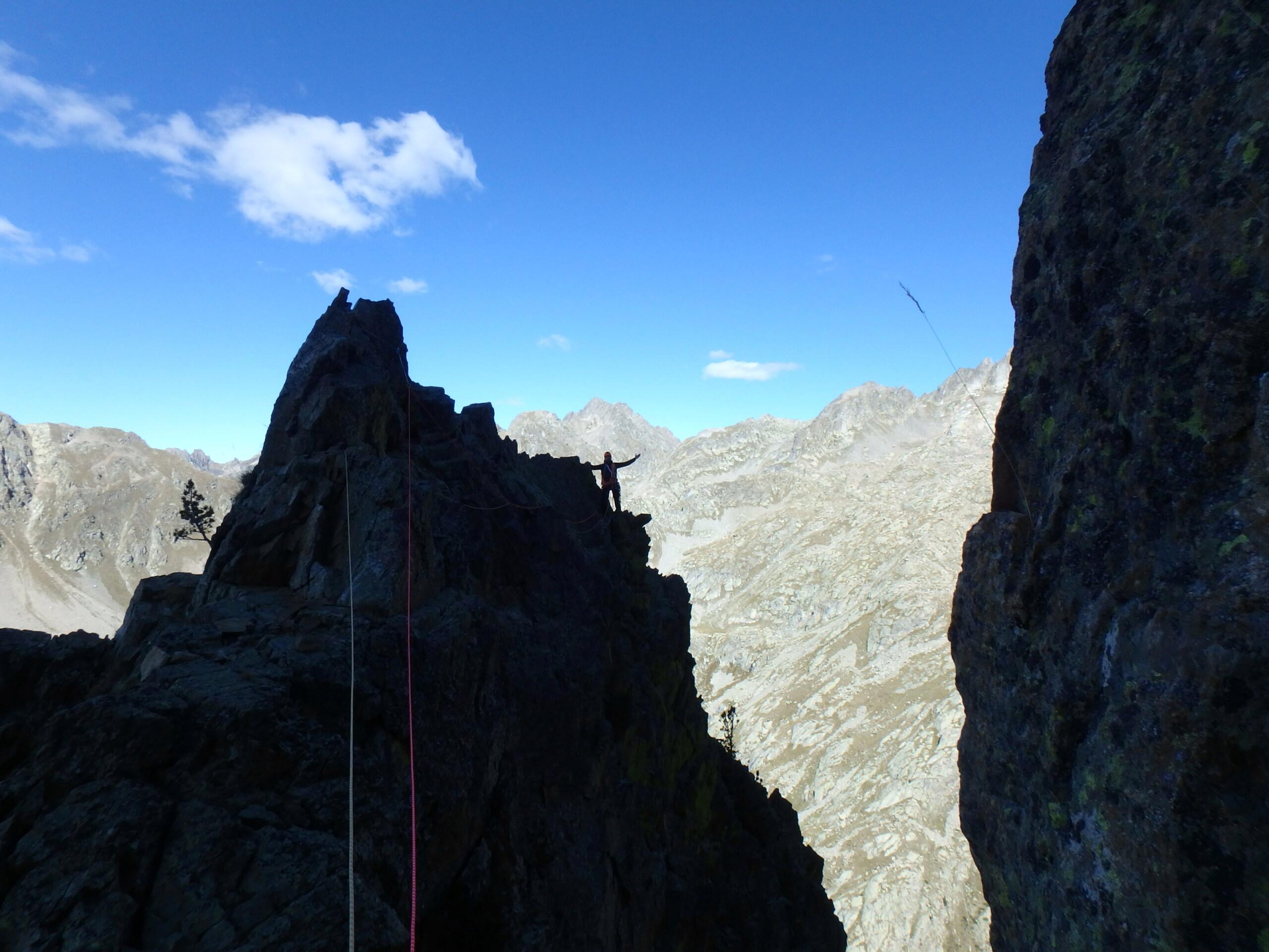 Une arrête de la fraicheur, au Grand Cayre de la Madone  P9260626