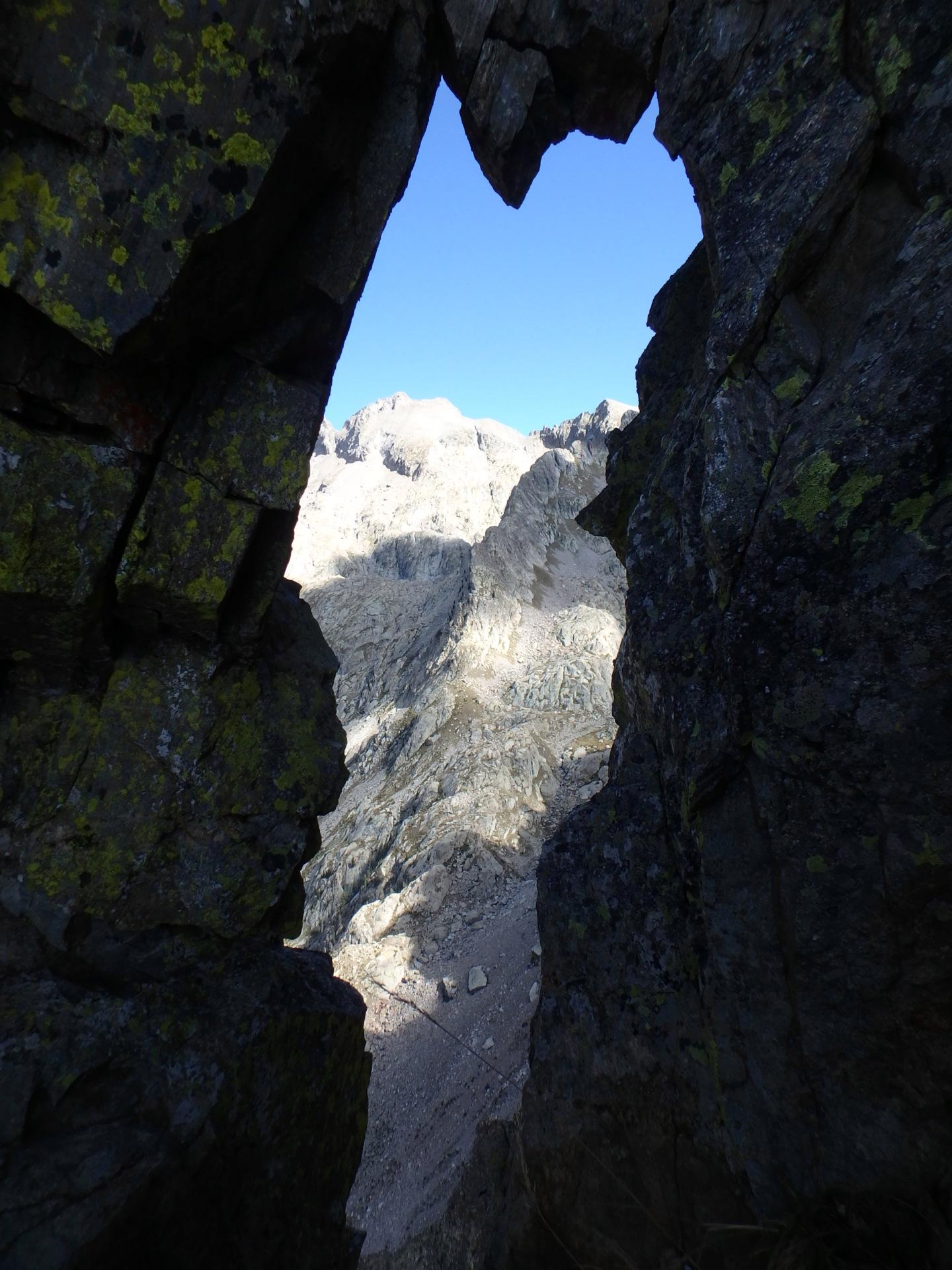 Une arrête de la fraicheur, au Grand Cayre de la Madone  P9260632