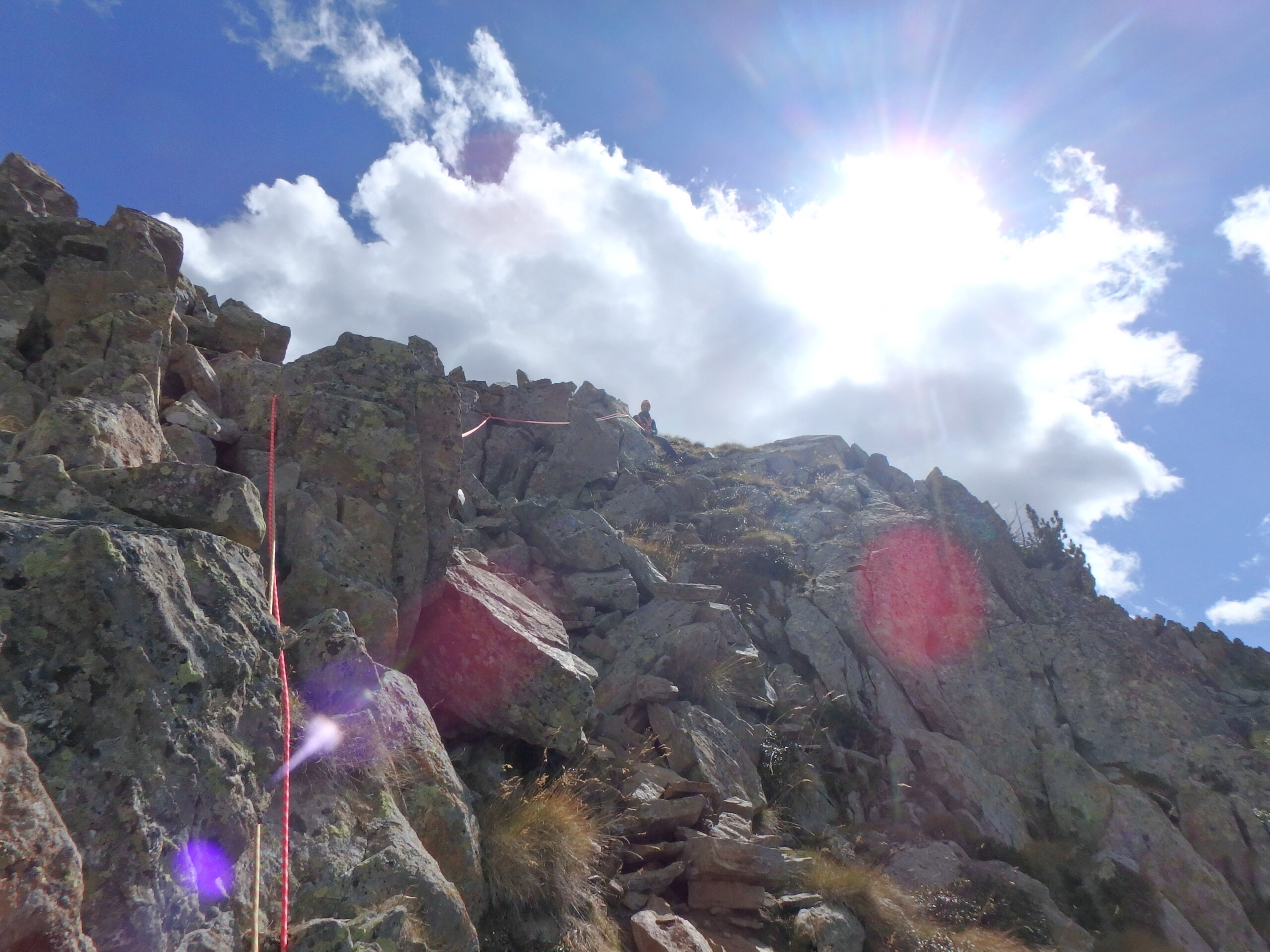 Une arrête de la fraicheur, au Grand Cayre de la Madone  P9260634