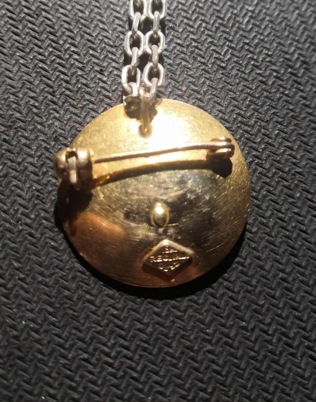 Medalla/Broche de oro del 1950 -Tasación- Whatsa47