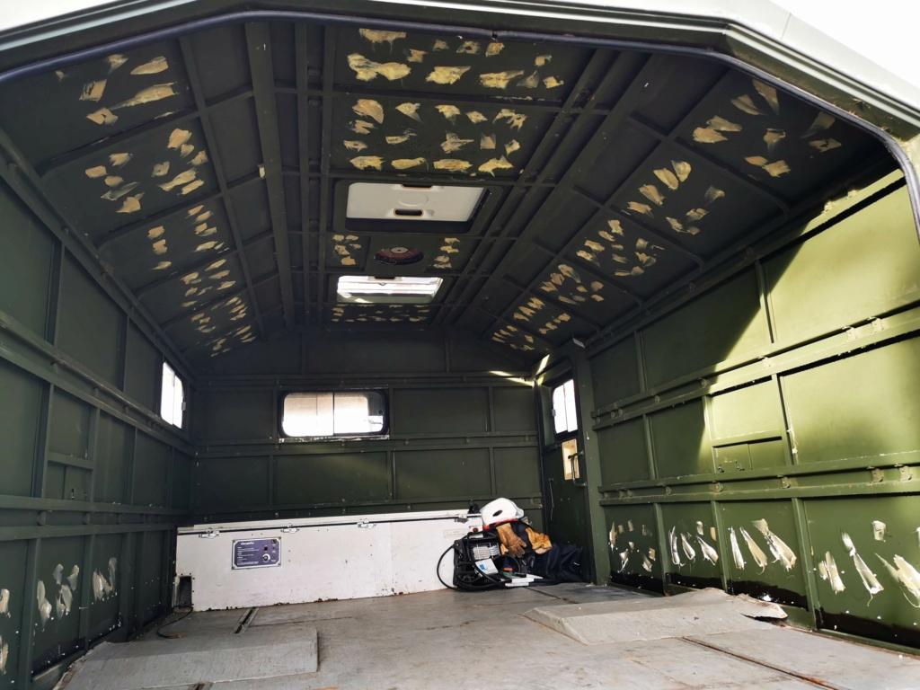 "Restauration d'un U1300 435 AC Ambulance... vers un Campervan ""grand froid"" Img_2036"
