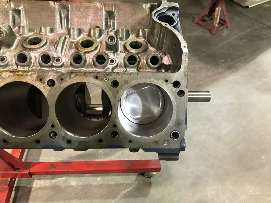Boss 429 Block and other parts(SOLD) E562f010